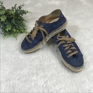 NWOB Andre Assous Shawn Suede Sneaker